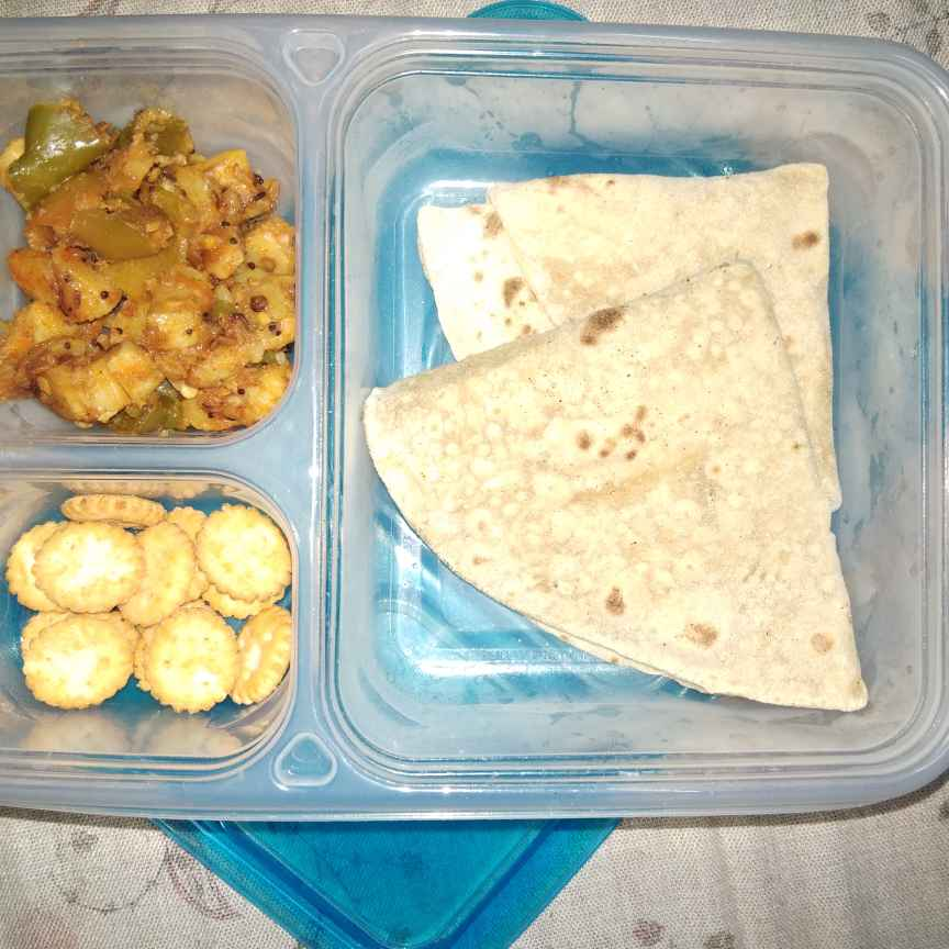 Photo of Jeera roti with capsicum aloo fry by Sree Vaishnavi at BetterButter