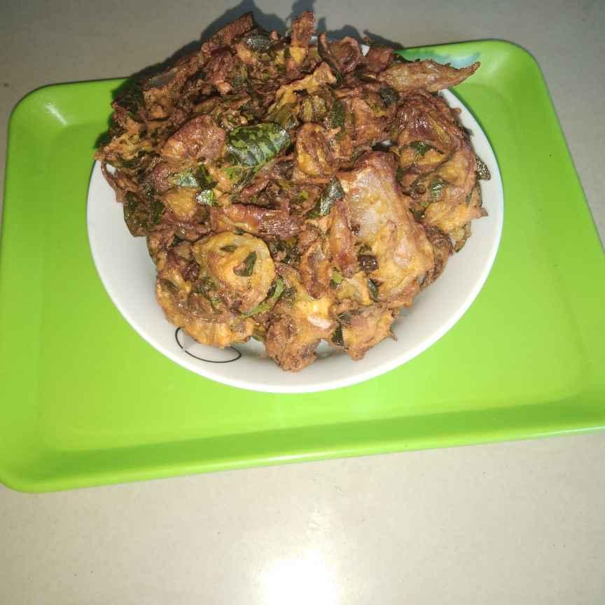 Photo of Curry leaves onion pakodi by Sree Vaishnavi at BetterButter