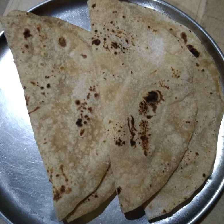 Photo of Wheat and samak atta roti by Sree Vaishnavi at BetterButter