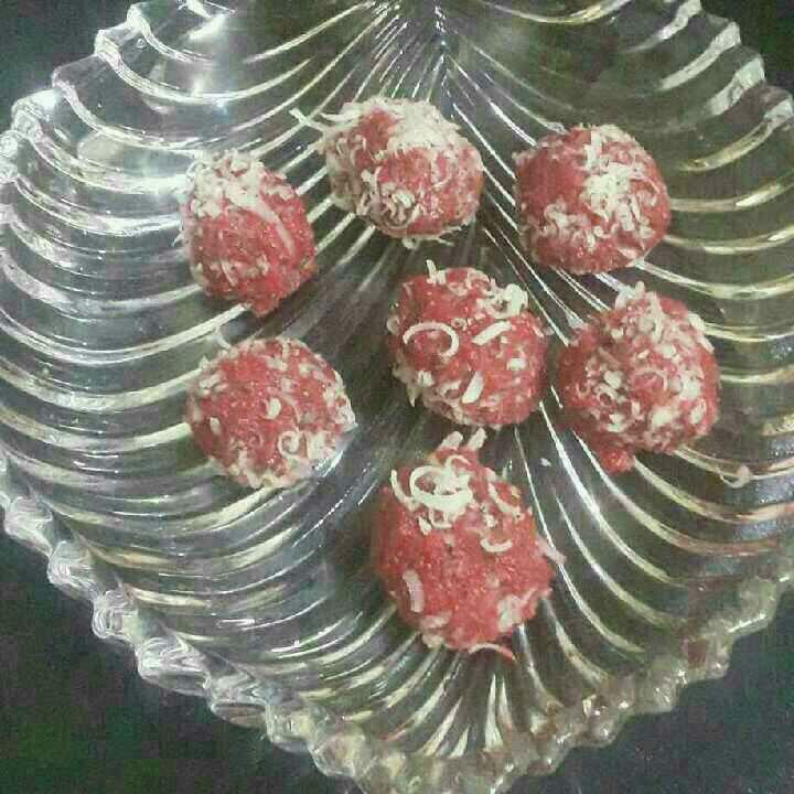 How to make Strawberry truffles