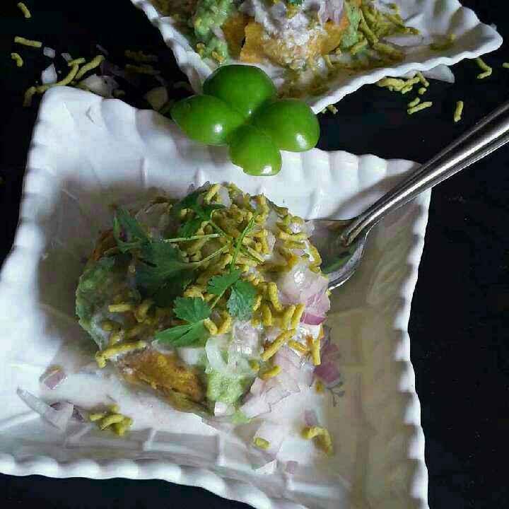 Photo of Shimla mirchi vada chat by Rohini Rathi at BetterButter