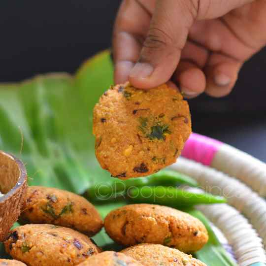 Photo of Masala vada with two techniques(baked & Fried) by Roop Parashar at BetterButter