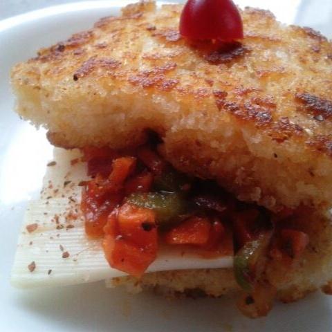 How to make चीज़ी इडली सैंडविच