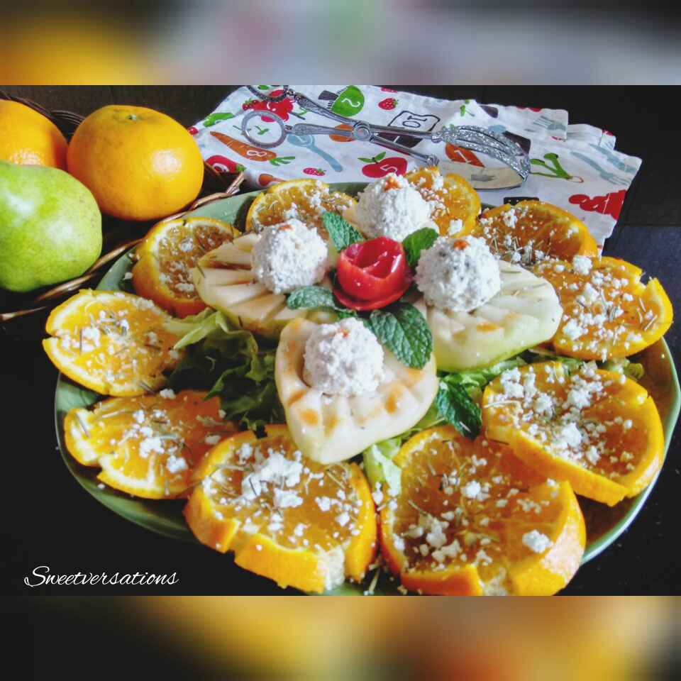 How to make Orange-pear salad with cottage cheese balls.