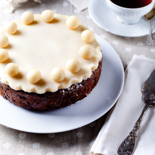 How to make Easter Simnel Cake