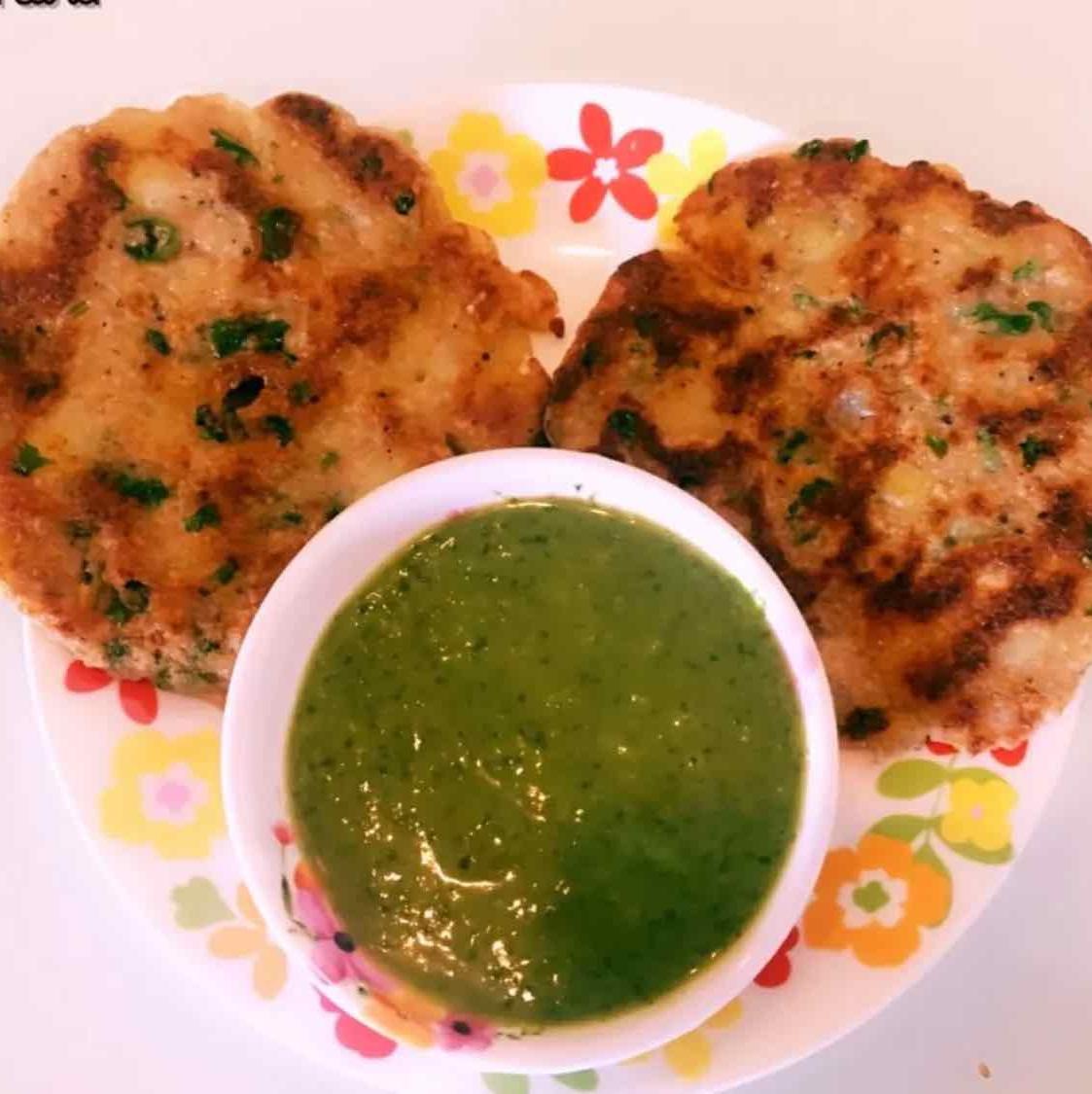Photo of potato amaranth thaalipeeth by Runa Ganguly at BetterButter