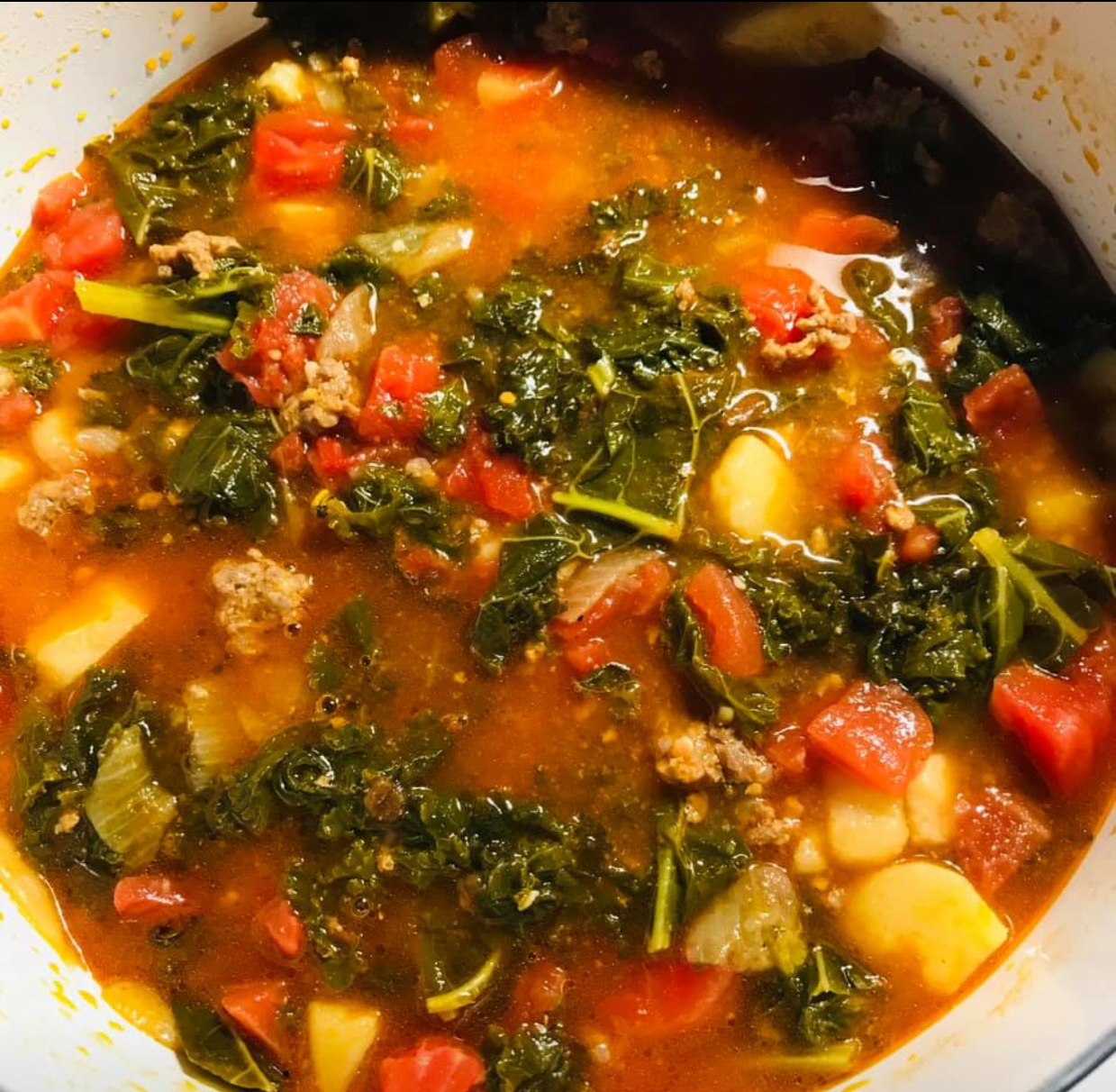 How to make kale and roasted vegetable soup