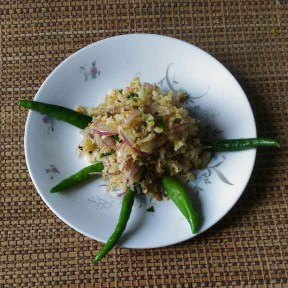 Photo of Coliflower and prawn mix by Runu Chowdhury at BetterButter