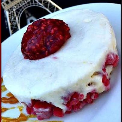 How to make White Chocolate & Raspberry Semifreddo