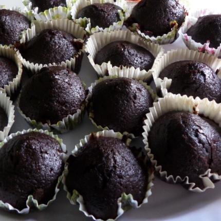 How to make Siddiqa's Chocolate Cupcakes