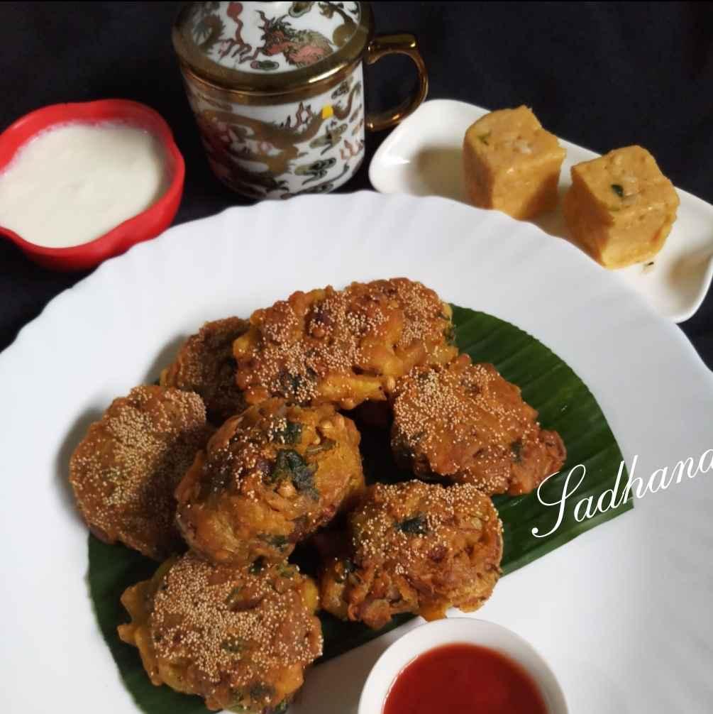 Photo of Potato onion  Pakora by Sadhana Dey at BetterButter