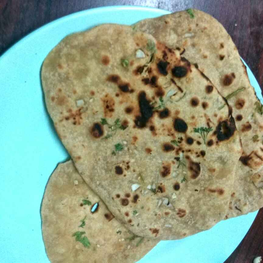 How to make Wheat garlic naan