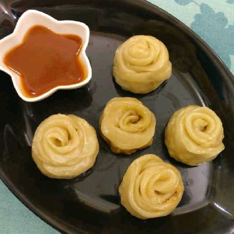 How to make Chicken rose momos