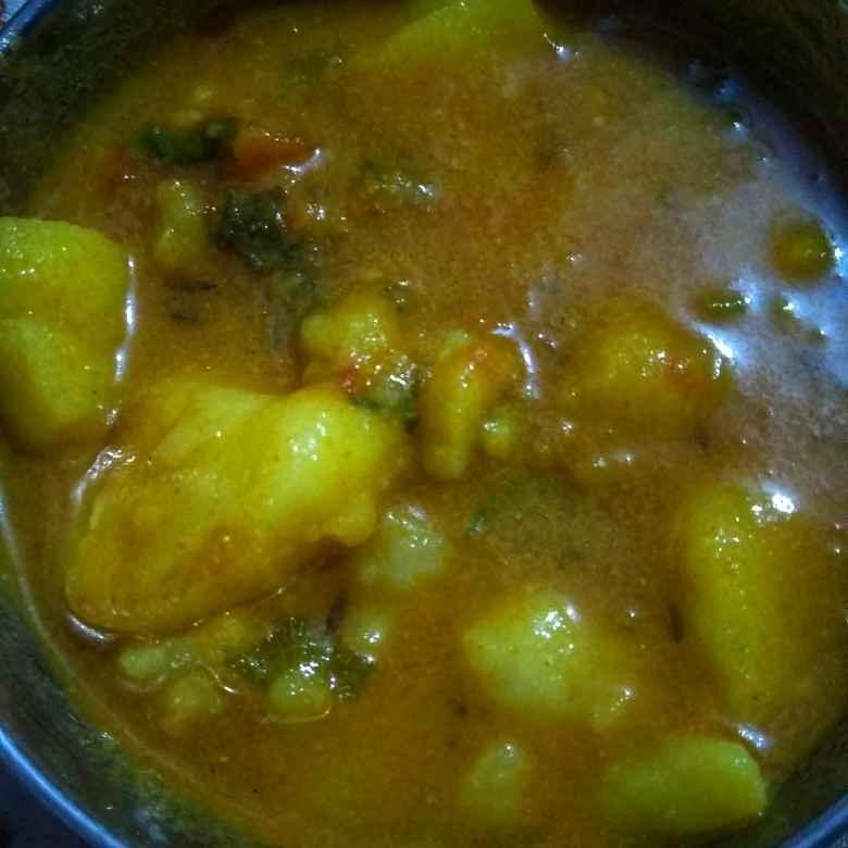How to make आलू की सब्जी बिना प्याज लहसुन के
