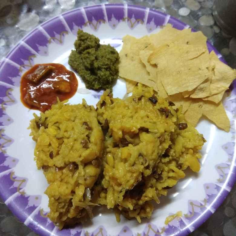 Photo of Simple Khitchdi by Samiksha Saxena at BetterButter