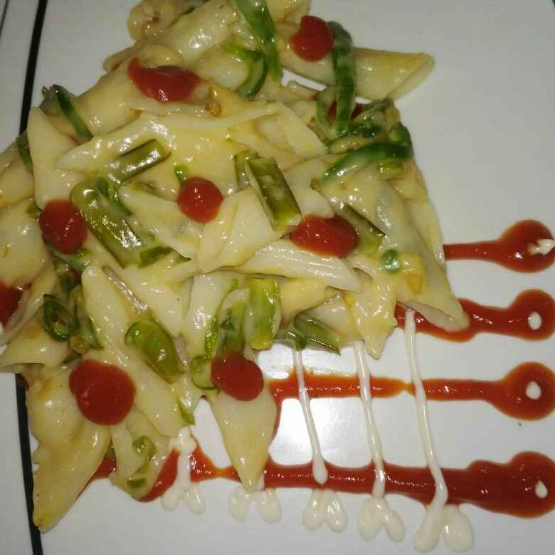 Photo of Cluster Beans & Capsicum Cheese White Pasta by samina shaikh at BetterButter