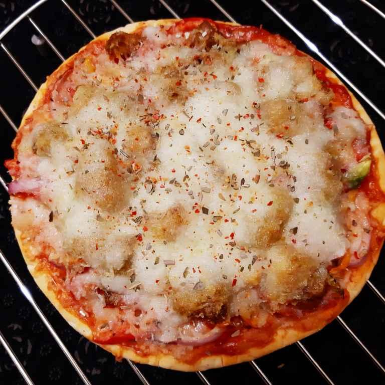 Photo of Chicken Pizza by Sampurna Sarkar at BetterButter