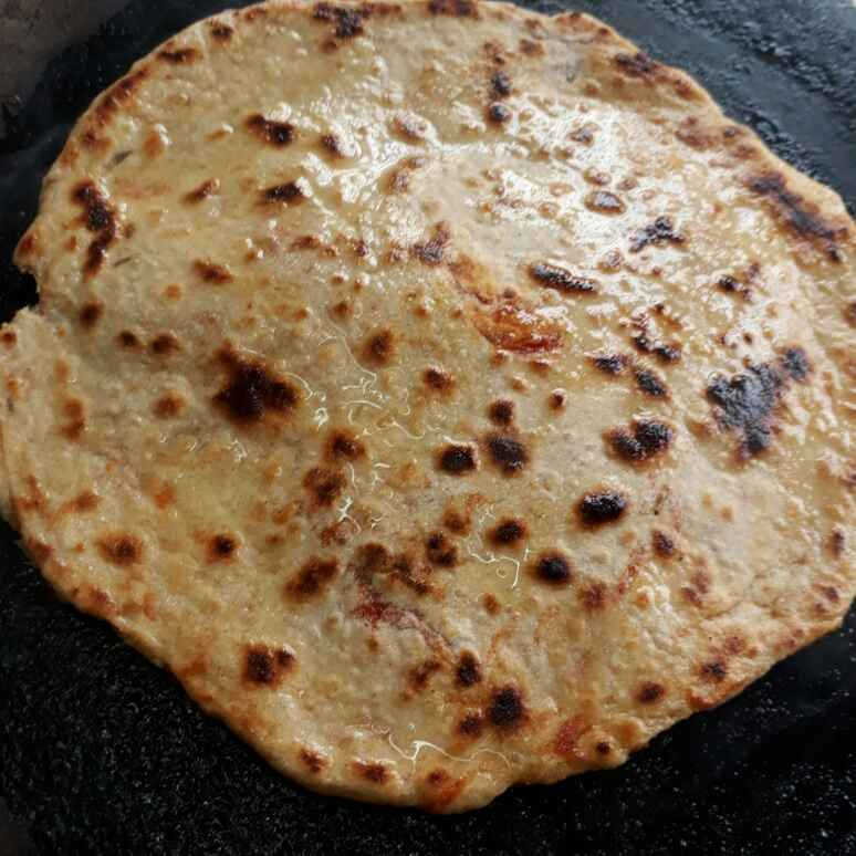 How to make Carrot Parantha/ Gajar Parantha