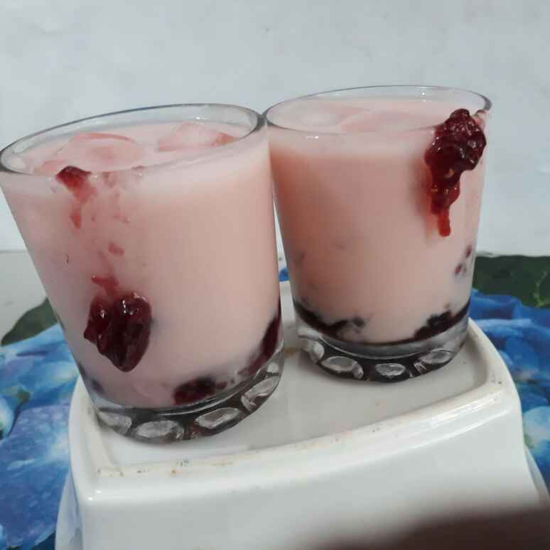 How to make Twin Berry Smoothie Shots