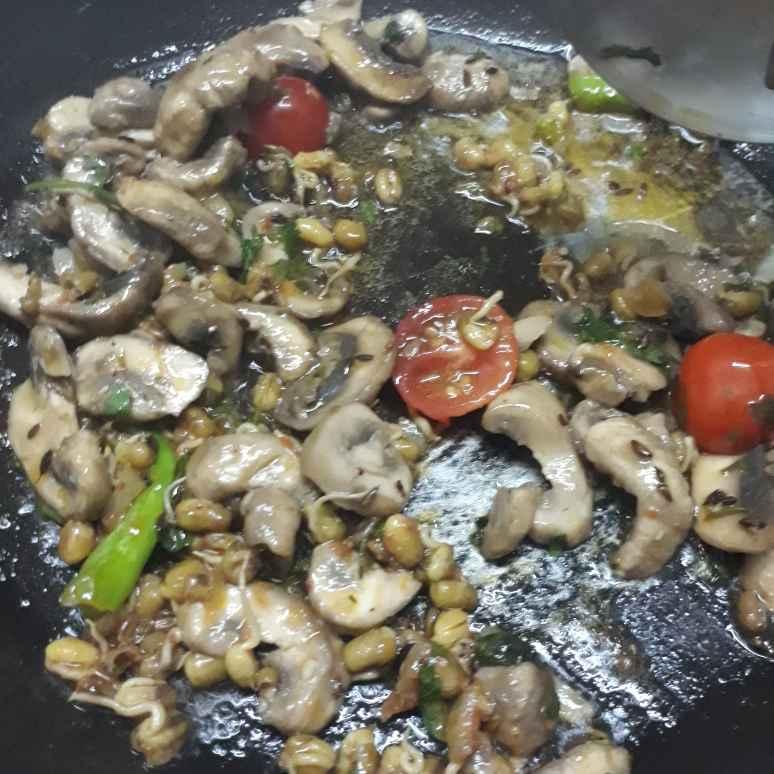 Photo of Mushroom masala pulav by Sana Tungekar at BetterButter