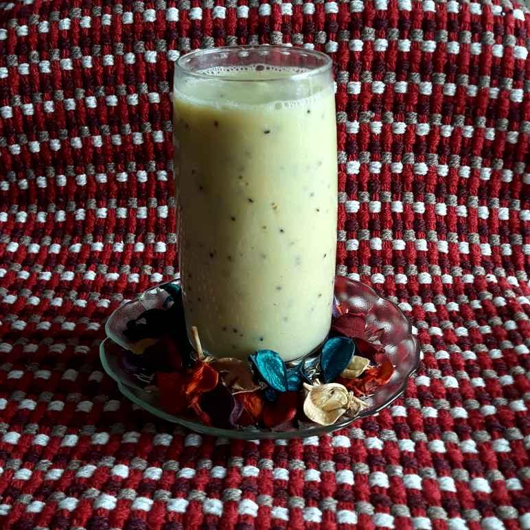 Photo of Kiwi Yogurt Smoothie by Rachna Chadha Sanam Merchant at BetterButter