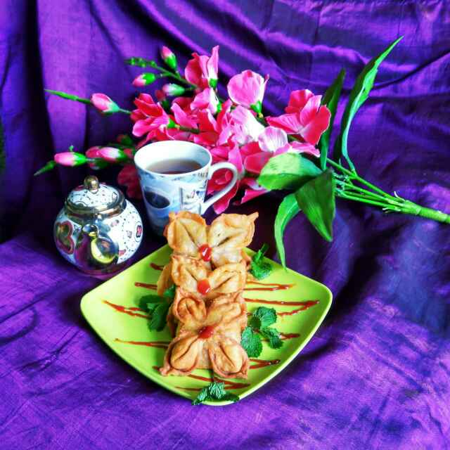 How to make Flower chicken samosa
