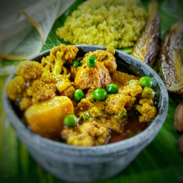 Photo of veg cauliflower curry by Sanchari Karmakar at BetterButter