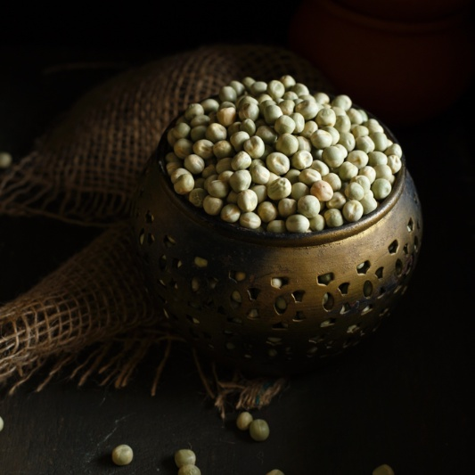 Photo of Ghugni – Dried Green Peas Curry   Street food from Calcutta by Sandhya Hariharan at BetterButter
