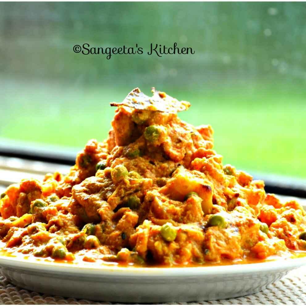 Photo of Phulcopir Roast in Bengali Style by Sangeeta Basak at BetterButter