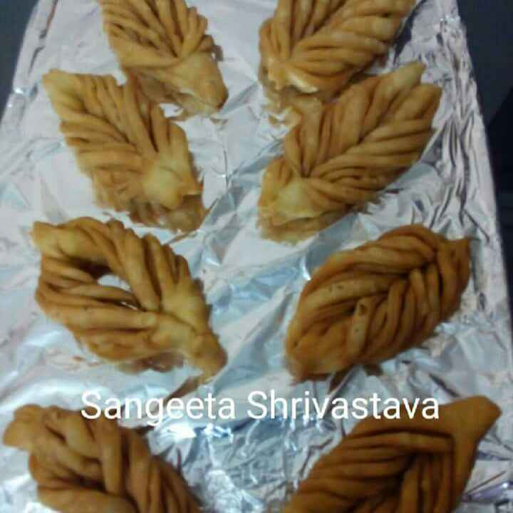 Photo of Leaf mathri by Sangeeta Shrivastava at BetterButter
