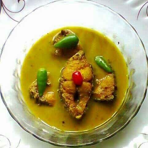 Photo of Ruhu fish light curry with panchforon by Sanjhbati sen at BetterButter