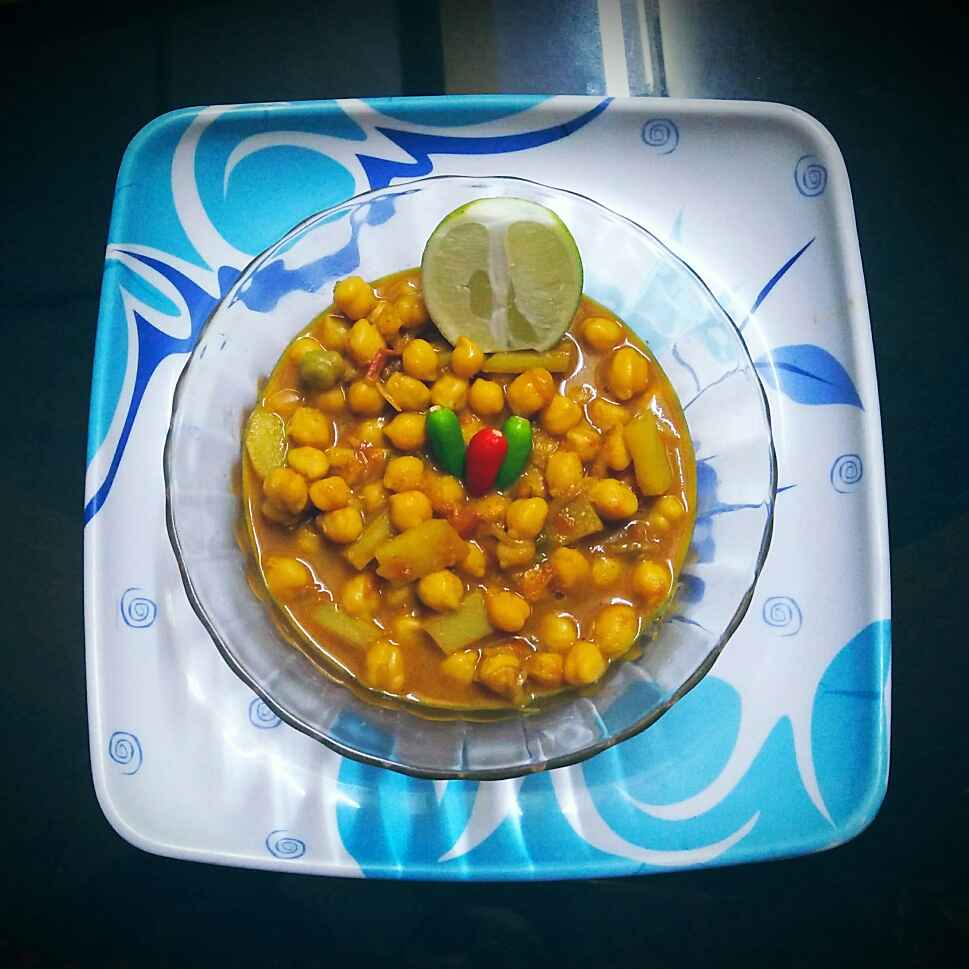Photo of Hlawai style chole alu ki sabzi by Sanjhbati sen at BetterButter