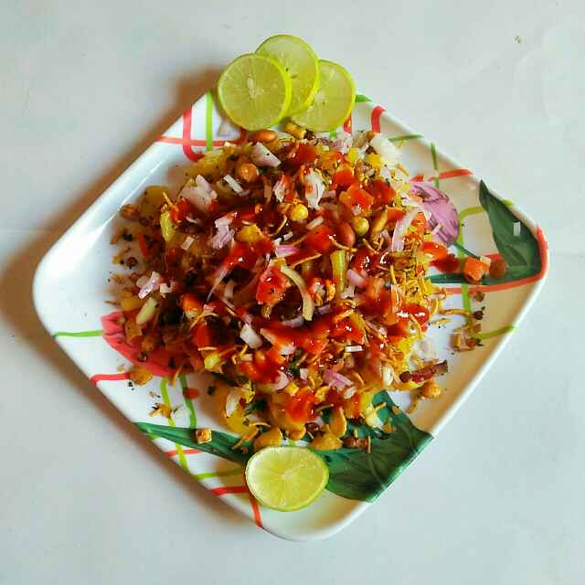 Photo of Aloo peyaz ki chaat by Sanjhbati sen at BetterButter