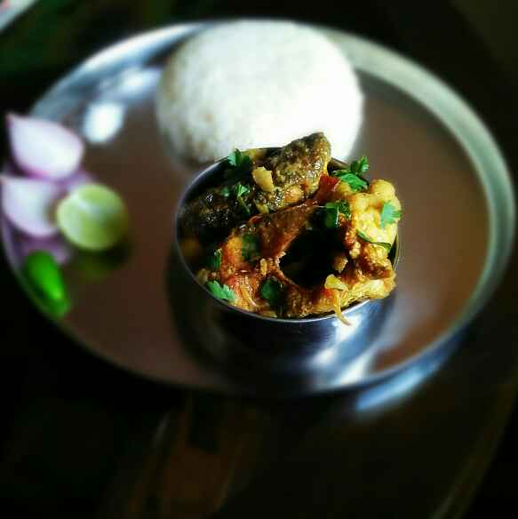 Photo of Bengali style fish with Colliflower and potato curry by Sanjhbati sen at BetterButter
