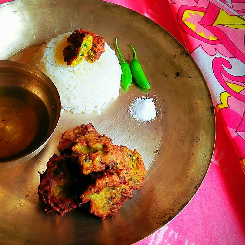 Photo of Moringa flowers fritters / Drumsticks blossoms fritters by Sanjhbati sen at BetterButter