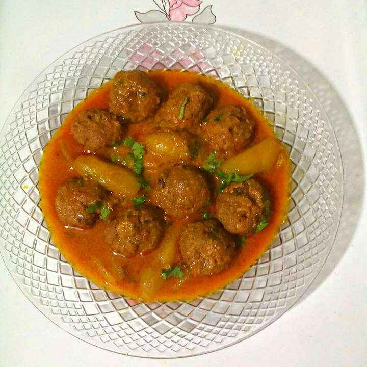 Photo of Mutton Kofta Parwal Curry. by Sanuber Ashrafi at BetterButter