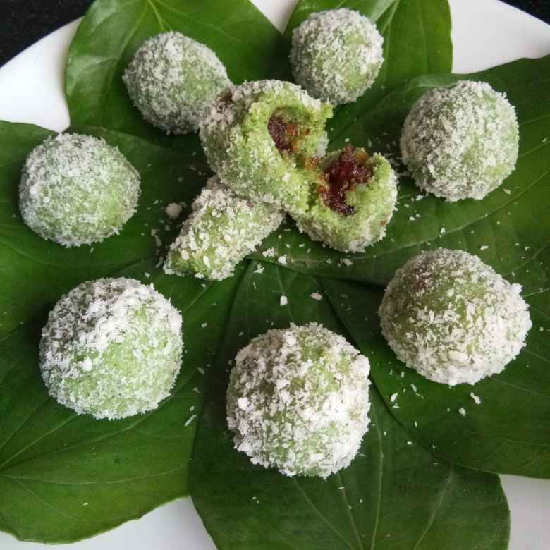 Photo of Coconut paan balls by Sapna Asawa Kabra at BetterButter