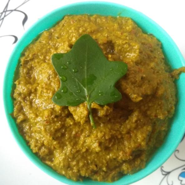 How to make How to make thoothuvalai (Solanum trilobatum) chutney at home?
