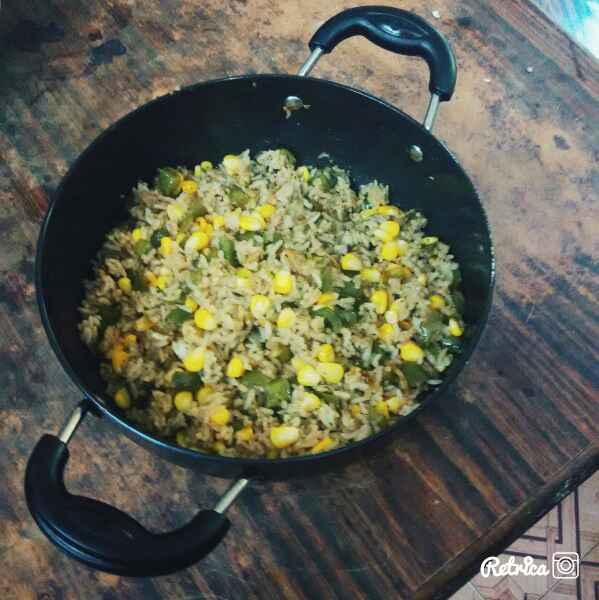 How to make Corn capsicum fried rice