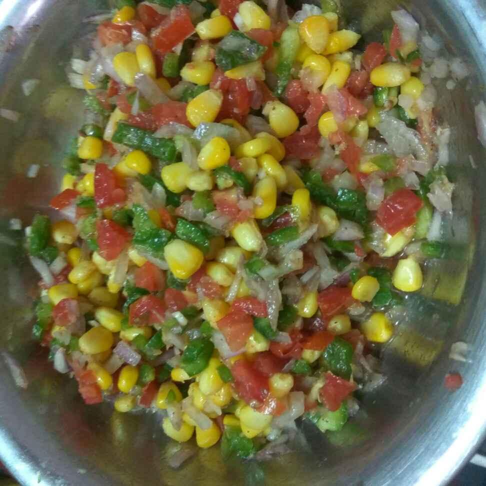 How to make Corn salad with a Honey Chilli Lime Vinaigrette