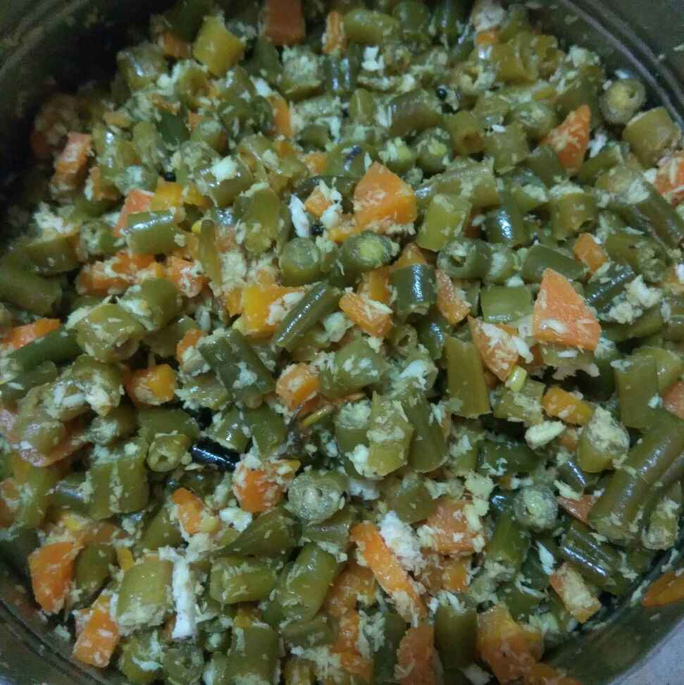 How to make Beans carrot poriyal