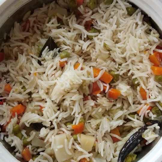 Photo of Vegetable pulao by saranya sathish at BetterButter