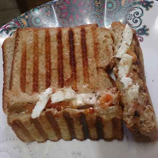 How to make Pepper fry grilled paneer sandwich