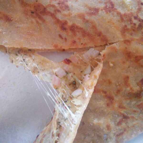 Photo of :pizza: cheesy pizza roti by Sarojam Arumugam at BetterButter