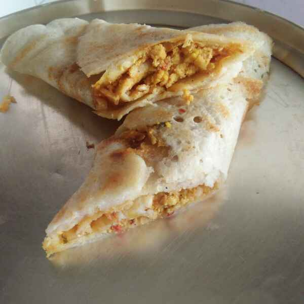 Photo of paneer dosai roll by Sarojam Arumugam at BetterButter