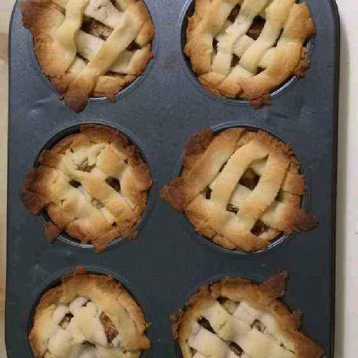 Photo of Mini apple pie by Sarojam Arumugam at BetterButter