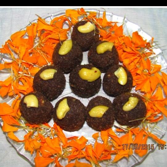 How to make Chocolate Coconut Laddu