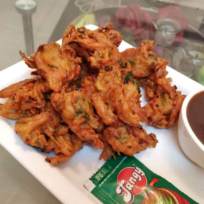 Photo of Crispy Onion Fritters by Satvinder Hassanwalia Chandhok at BetterButter