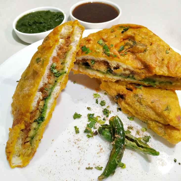 Photo of Stuffed Bread Pakora by Satvinder Hassanwalia Chandhok at BetterButter