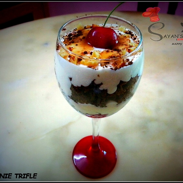 How to make Eggless Brownie Trifle